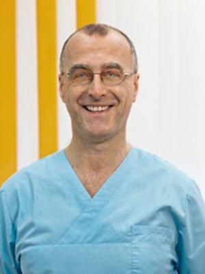 Dr. Harald Schmitt